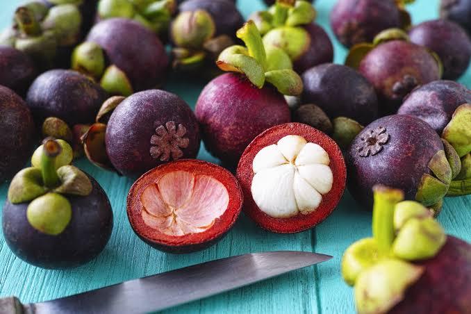 فوائد فاكهة المانجوستين أو جوز جندم