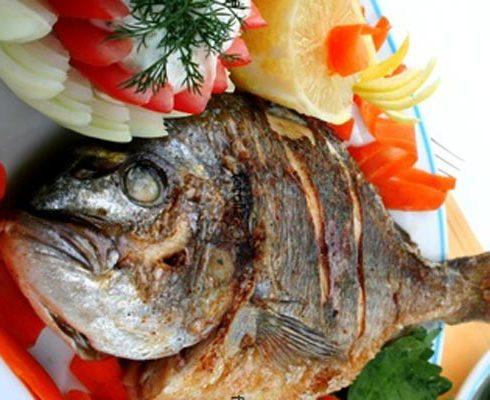 طريقة عمل طاجن سمك مشوى
