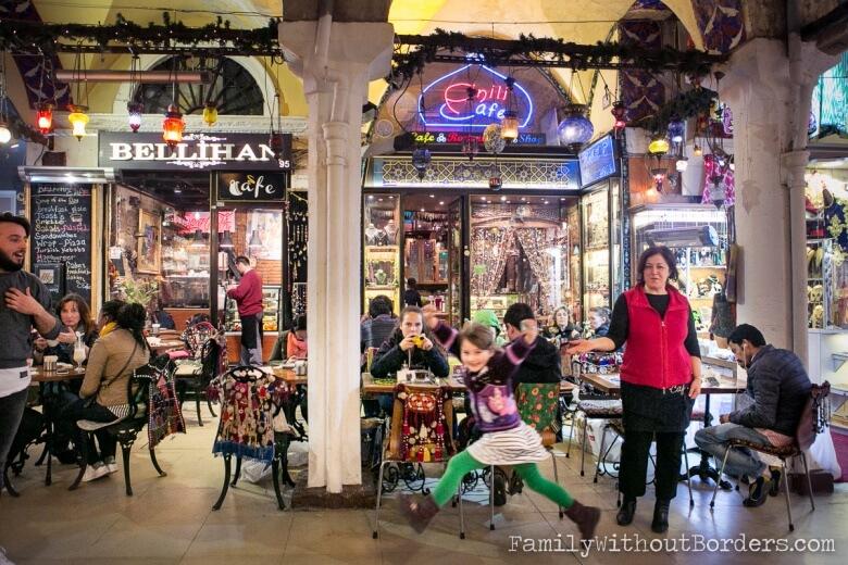 البازار الكبير باسطنبول أفضل المناطق السياحية في اسطنبول تركيا