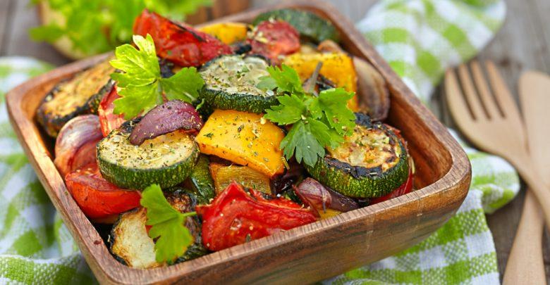 4 وصفات لإعداد صينية الخضراوات الدايت