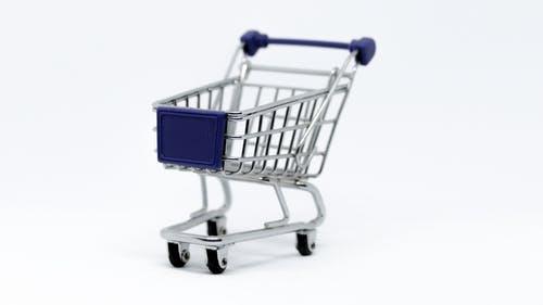 للتقليل من هوس التسوق الإلكترونى : إلزم نفسك بفترة تفكير قبل الشراء