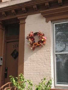 477px-Fall-wreath