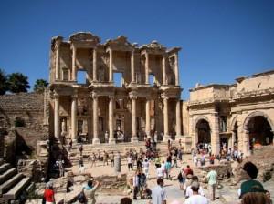 مكتبة سيلسوس مناطق الجذب السياحى فى تركيا