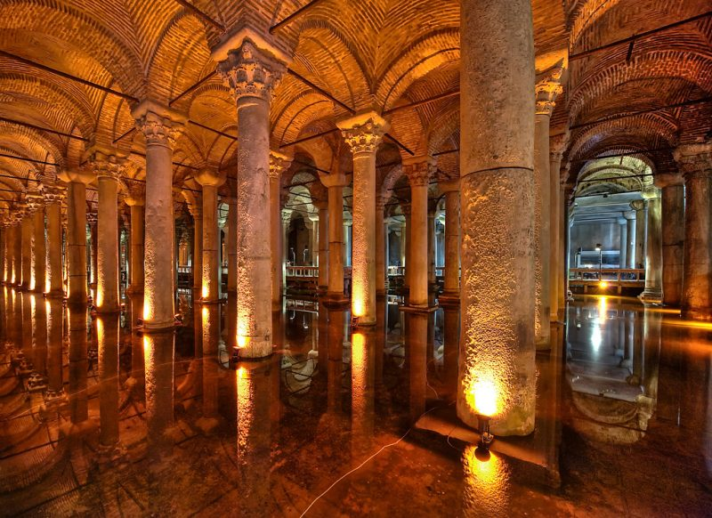 صهريج البازيليك من أحسن معالم السياحة في اسطنبول