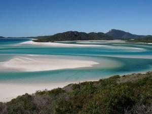 Whitehaven-Beach-Whitsunday-Island-Australia51-728x546_thumb[2]