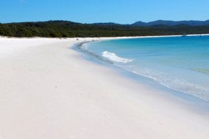 Whitehaven-Beach-Whitsunday-Island-Australia61-728x485_thumb[2]