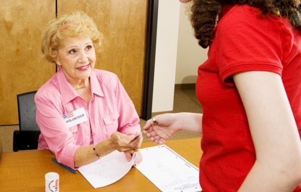تطوع لمساعدة الآخرين لتفادي الشيخوخة