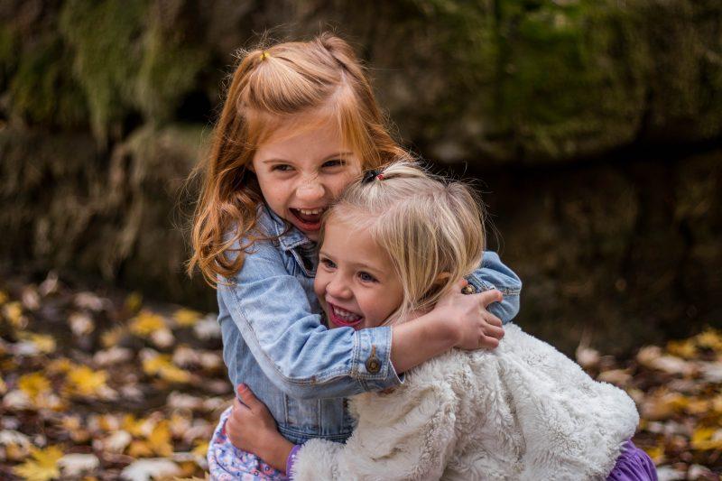 أشهر ٢٠ جملة يقولها الأب والأم للأبناء خلال تربية أطفالهم و المعاني الحقيقية لكل واحدة فيهم