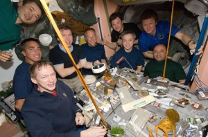 crews-take-meal-inside-iss