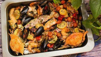 Photo of طبق فواكة البحر بالزعفران والليمون على الطريقة الإيطالية