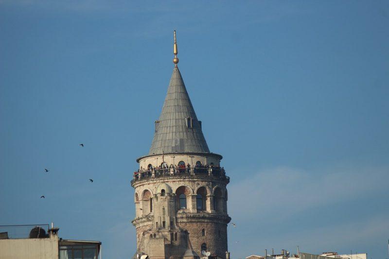 برج غلطة من أفضل المناطق السياحية في اسطنبول