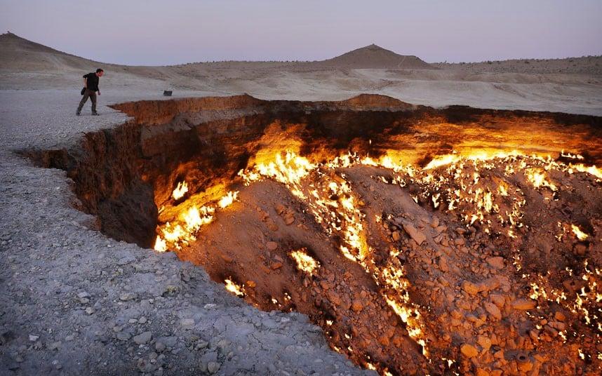 صورة بوابة الجحيم فى تركمانستان 3