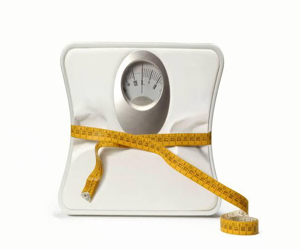 يساعد علي خسارة الوزن