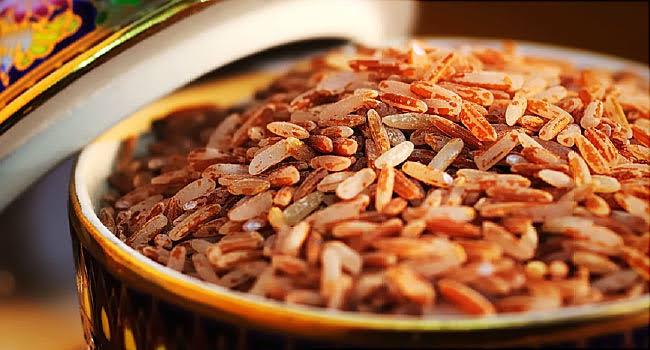 الأرز البني غني بمادة السيلينيوم