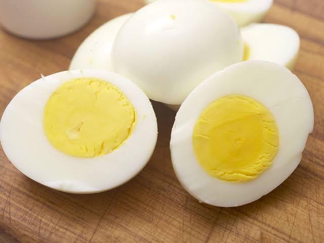 البيض غني بمادة السيلينيوم