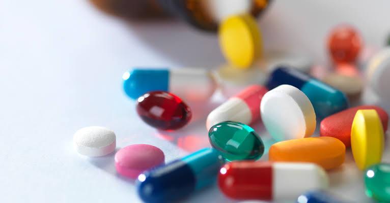 علاج فيروس سي باستخدام الأدوية