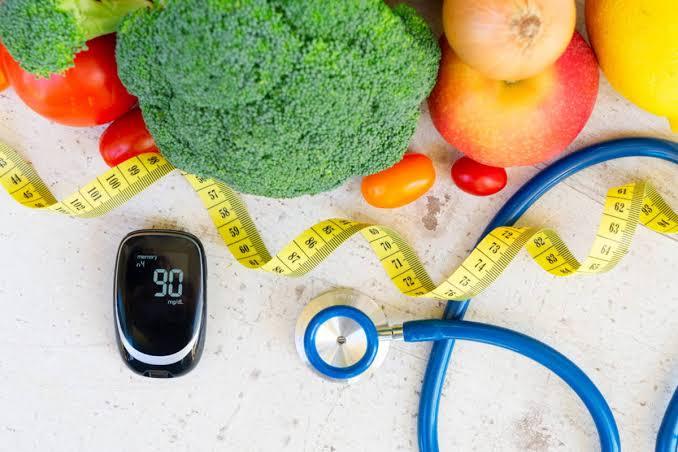 هل اتباع نظام غذائي منخفض الكربوهيدرات يساعد مرضى السكري؟