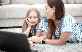 ٥ طرق فعّالة لحماية أطفالك من أضرار التكنولوجيا