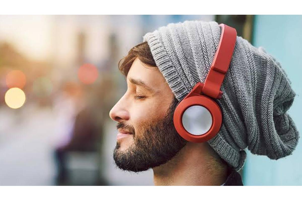 كيف تحمي نفسك من مخاطر سماعات الأذن ؟