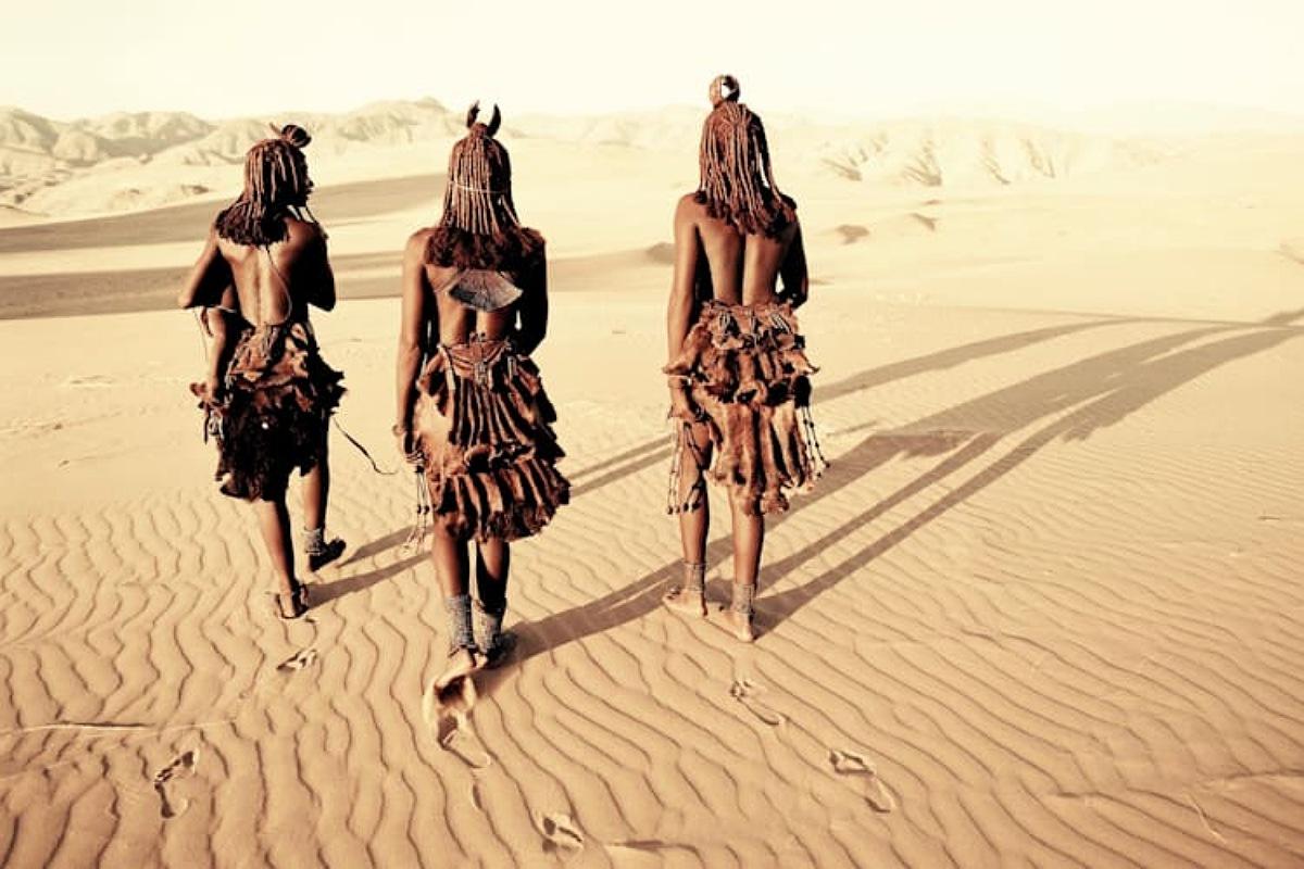 """قبائل """"رعاة هيمبا Himba"""" أحدي القبائل النائية في ناميبيا"""