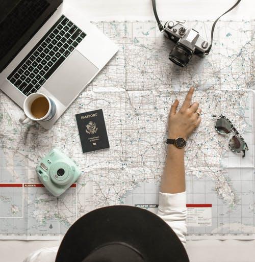 خطوات بسيطة تساعدك في قضاء إجازة ممتعة : البحث عن أفضل العروض من خلال مواقع الإنترنت