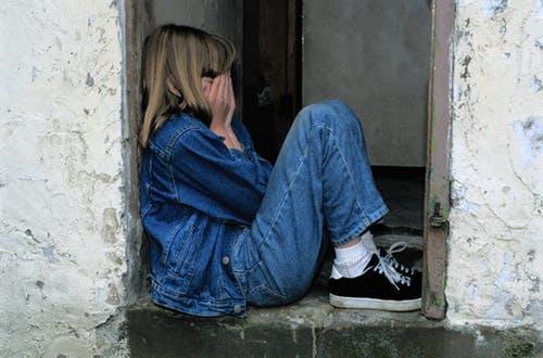 الإضطرابات النفسية التى يتعرض لها الأطفال نتيجة الخلافات الزوجية
