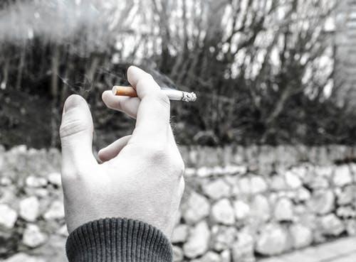 إدمان المخدرات