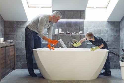 وصفات طبيعية لتنظيف المنزل : منظف الأحواض و الحمام