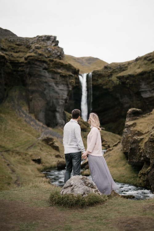 الاحتياجات الأساسية للزوج : الدعم