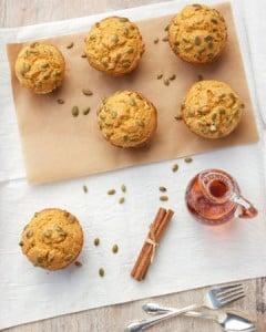pumpkin-muffins-vert