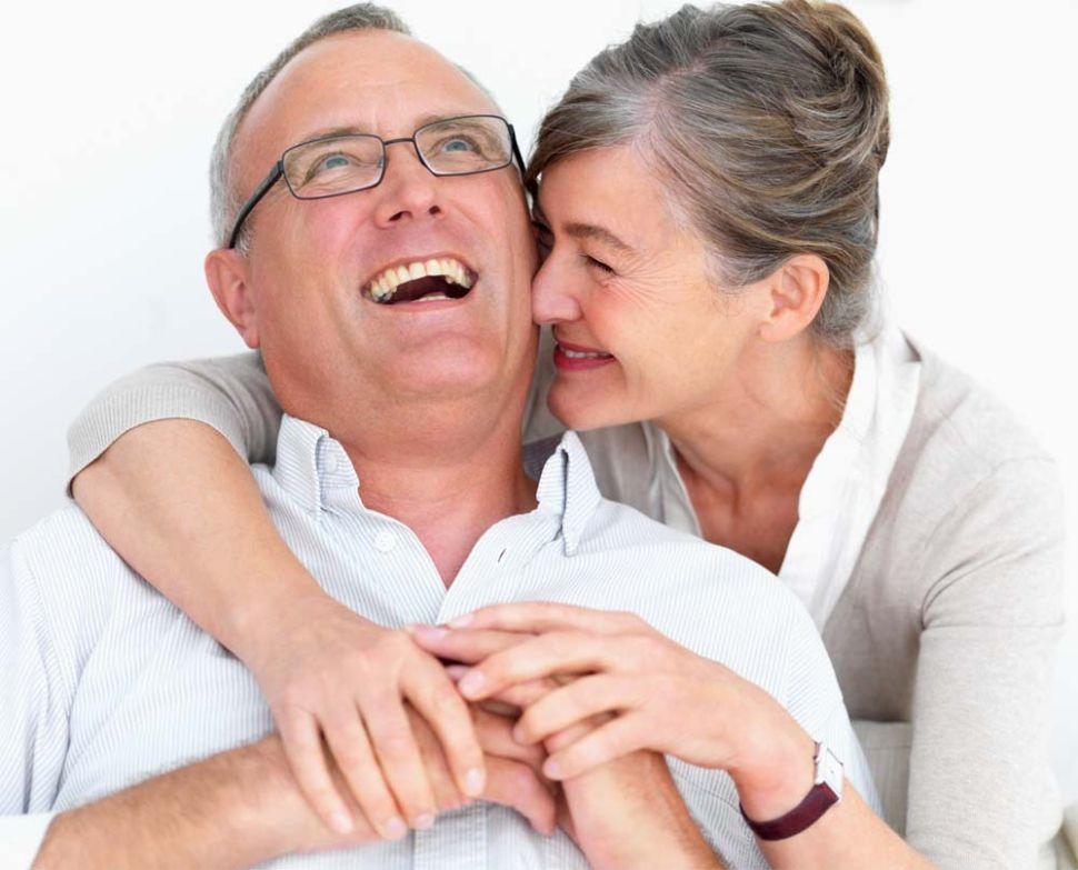البقاء متفائلا وبروح معنوية مرتفعة لتجنب الشيخوخة
