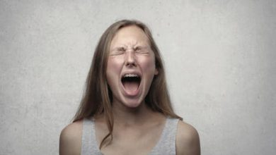 Photo of علامات العنف الأسري : 5 علامات تؤكد أنك تتعرض للعنف النفسي