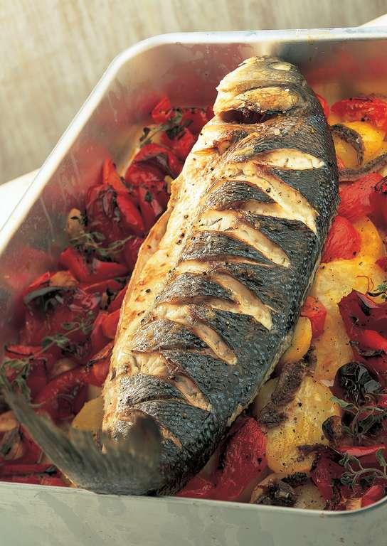 صينية البطاطس بالسمك